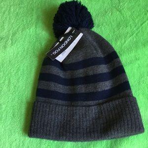 London Fog unisex knitted hat